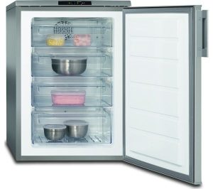 Silver and Stainless Steel AEG ATB81011NX Undercounter Freezer Review