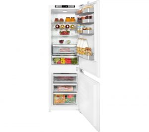 White Grundig GKFI7030 Integrated Fridge Freezer Review